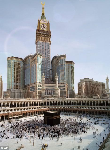 Mecca clock tower behind Mecca shrine
